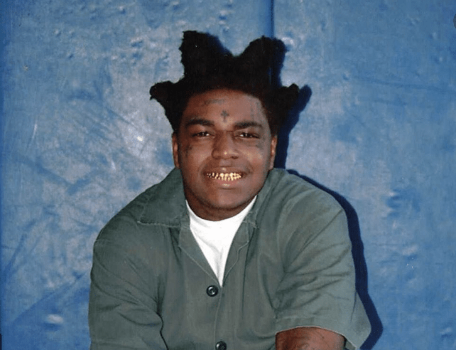 "Kodak Black Raps About ""Kids In China That Been Eating Bats For A Snack"""