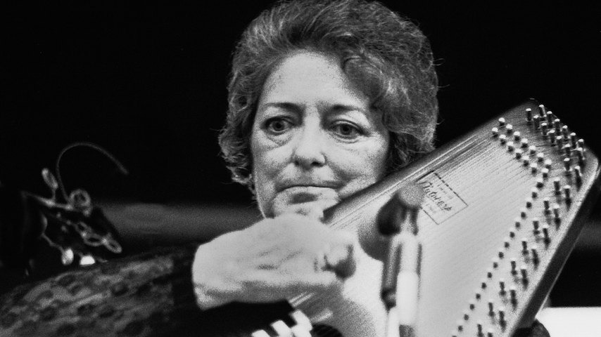 Hear Maybelle Carter Perform Carter Family Classics on This Day in 1963