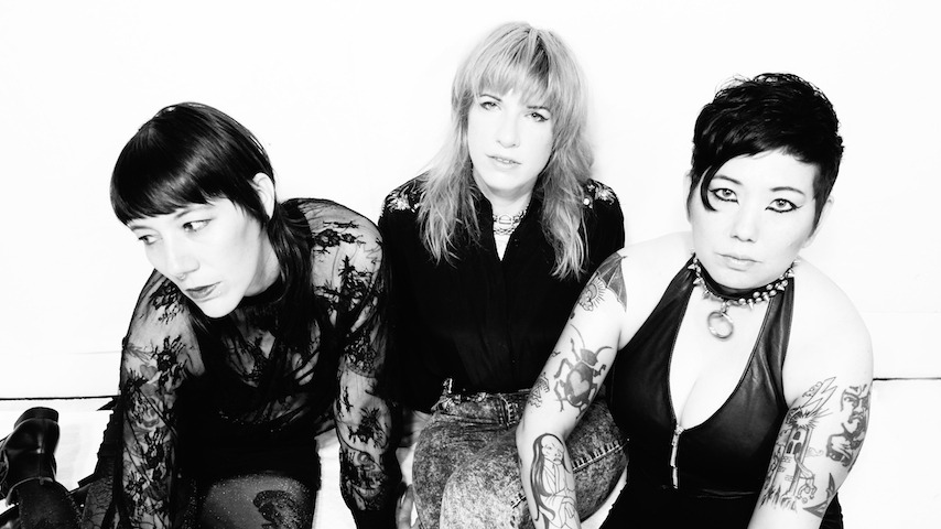 """Exclusive: Oakland Punks Ötzi Share Video for New Single """"Hold Still"""""""