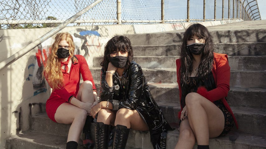 """Exclusive: L.A. Witch Announce New Album Play With Fire, Share First Single """"I Wanna Lose"""""""