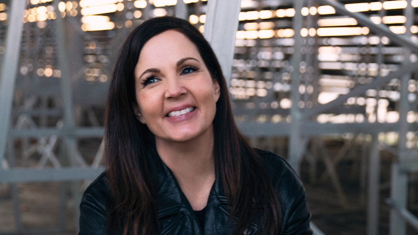 """Watch The Video For Lori McKenna's New Song """"Good Fight"""""""