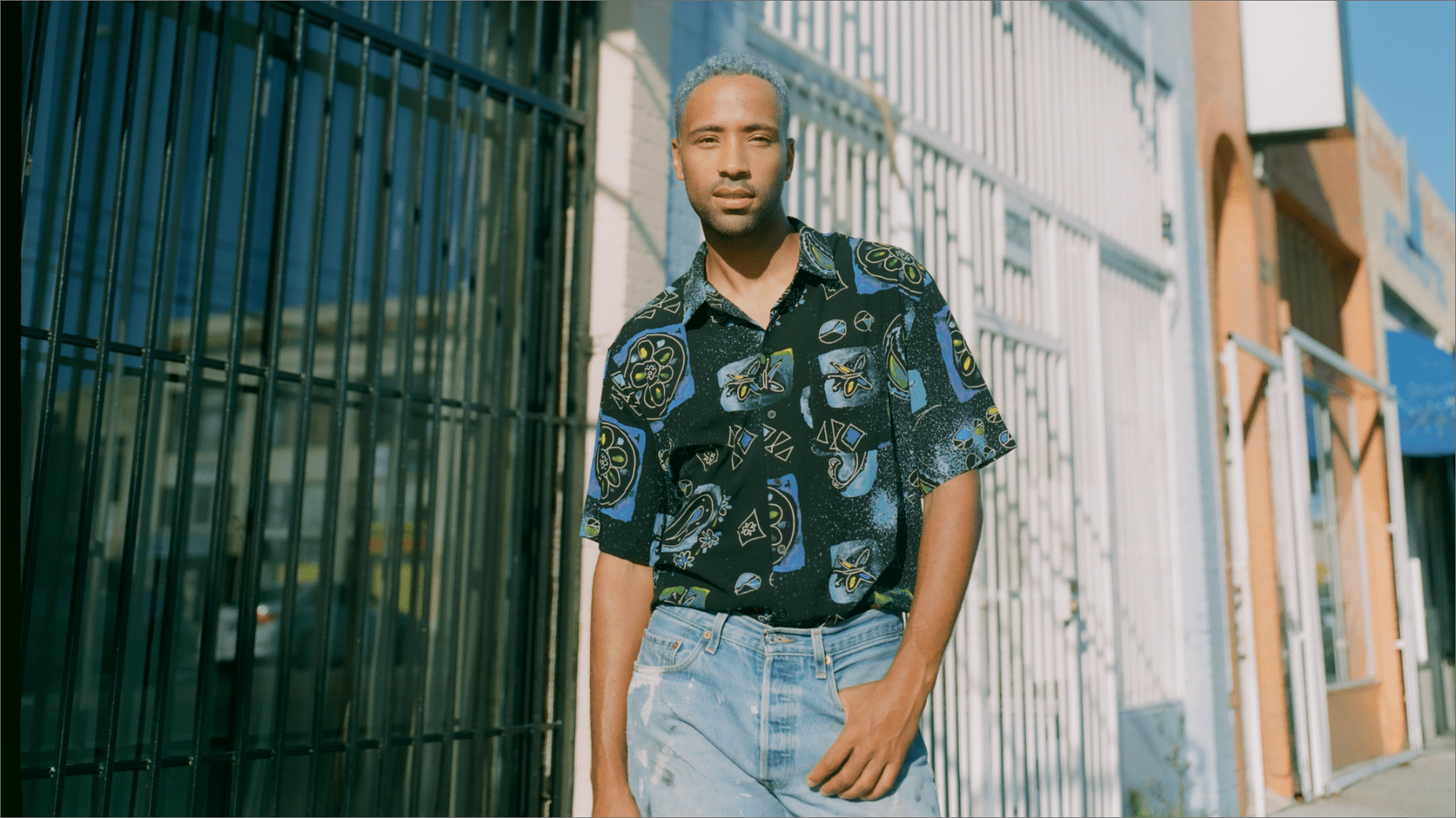Cimo Fränkel Releases Outstanding Visuals For Uplifting Track 'World Is Waking Up'