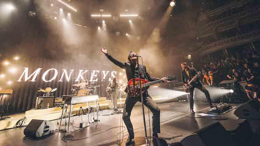"Arctic Monkeys Share New Live Video for ""Arabella"""