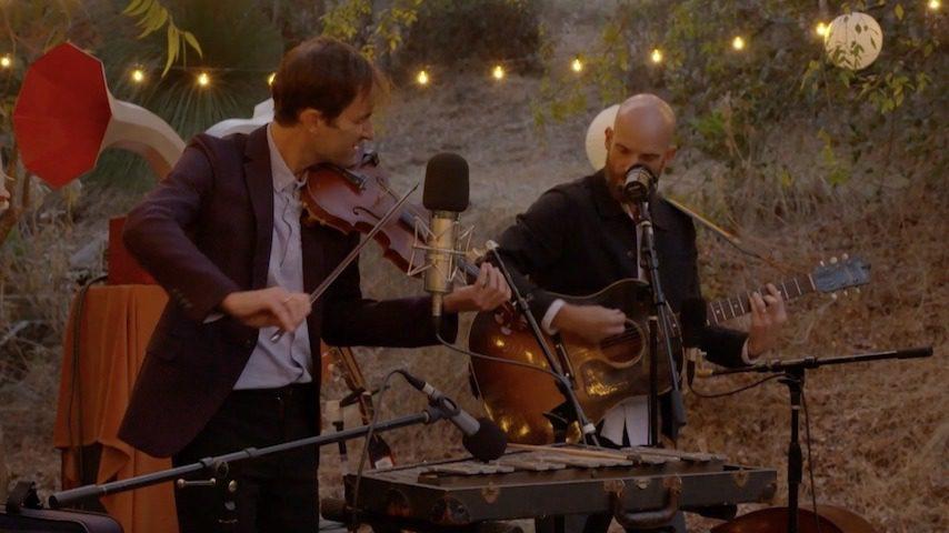 """Andrew Bird Shares New Performance of John Prine's """"Souvenirs,"""" Announces Livestream"""