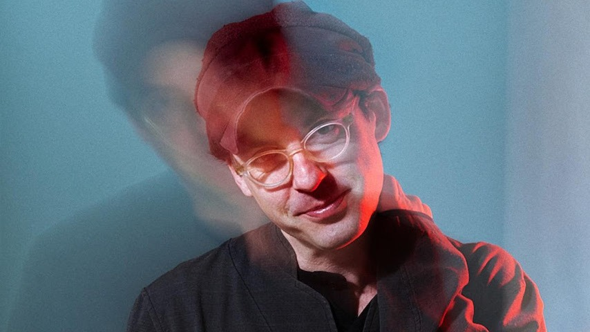"""Listen to Clap Your Hands Say Yeah's New Single, """"Where They Perform Miracles"""""""
