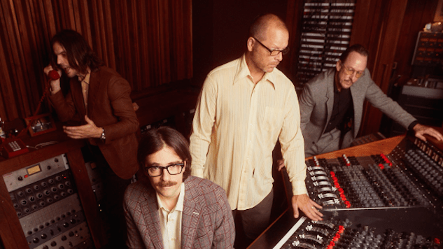 """Weezer Share Video for Lead Single """"All My Favorite Songs"""""""