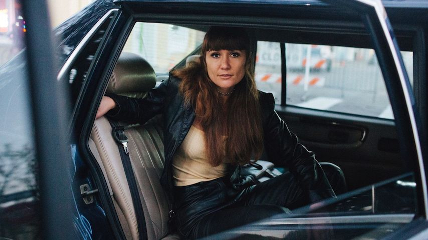 Esther Rose Announces New Album How Many Times, Shares Title Track