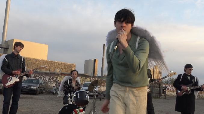 """Iceage Share New Video For """"High & Hurt"""""""