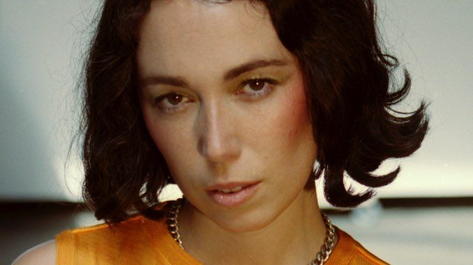 Kelly Lee Owens Announces U.S. Tour Supporting Inner Song
